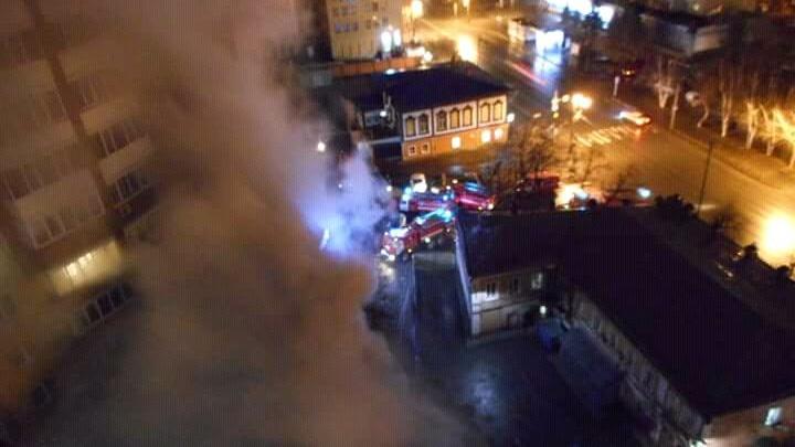 Ночью в центре Тюмени сгорела СТО