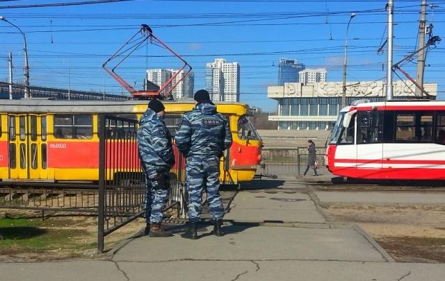 В местах массового скопления людей в Волгограде выставлен ОМОН