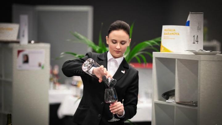 Начинала официанткой: челябинка проведёт в столице Эмиратов безалкогольную вечеринку