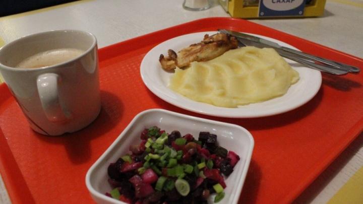 Диета, утопающая в жире: как мы со слезами на глазах искали в Архангельске здоровый обед