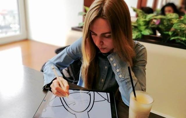 Главный персонаж — блондинка: челябинка нарисовала комиксы о проблемах девушек всего мира