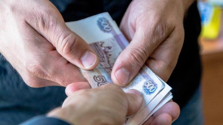 «Занимал на развитие бизнеса»: тольяттинец похитил деньги у восьми своих друзей