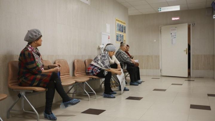 Тюменские врачи помогли 85-летней пациентке встать на ноги после тяжелого перелома