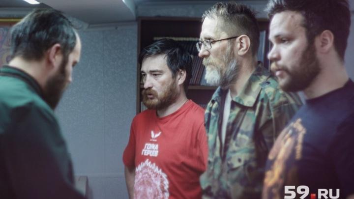 «Клоуны, считающие себя суперпатриотами». Пермские казаки — о поведении московских на митинге Навального