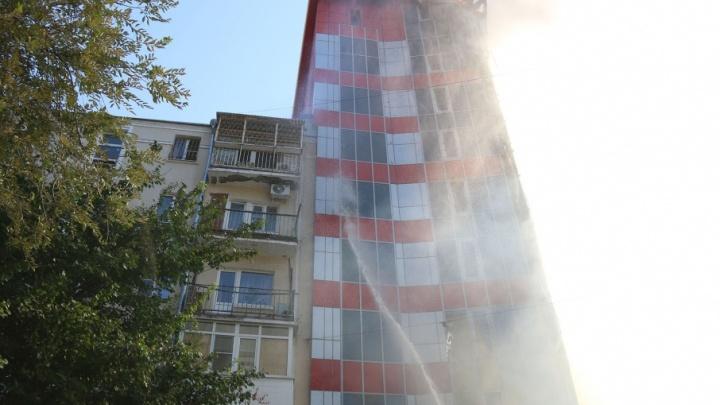 Верхние конструкции со сгоревшего отеля снимут после завершения следственных действий