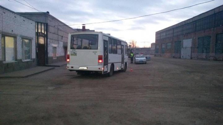 В Волгограде водитель автобуса отправил под колеса своего коллегу