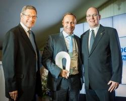 «МегаФон» привез международную премию Peace and Sport в Россию