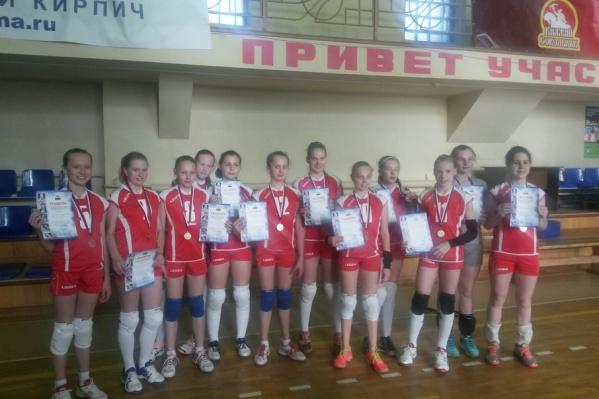 Команда «Юность-Метар» после победы в полуфинале