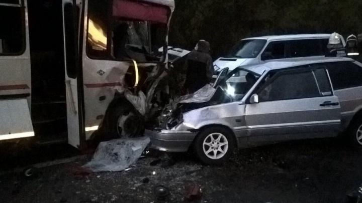 ГИБДД: аварию с автобусом Сызрань–Ульяновск спровоцировала автоледи на «Тойоте»