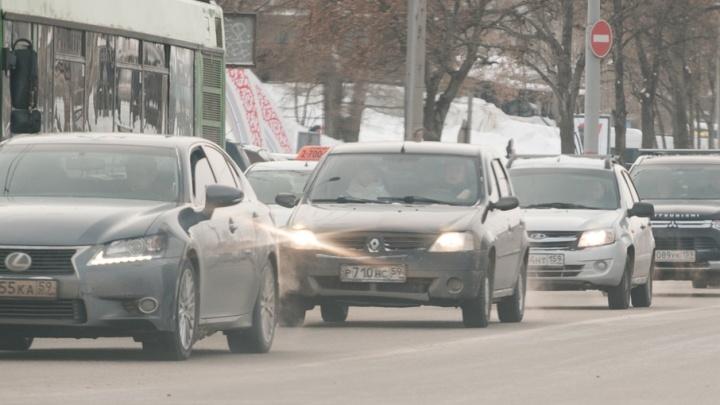 В Перми на центральных перекрестках отключили светофоры