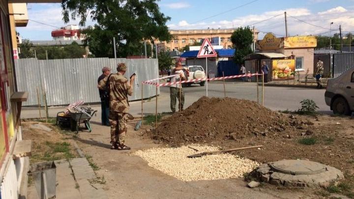 Волгоградцев напугали раскопки у взорвавшегося дома на Университетском проспекте