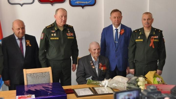 Внучка добилась награждения деда орденом Красной Звезды спустя 72 года после победы в ВОВ