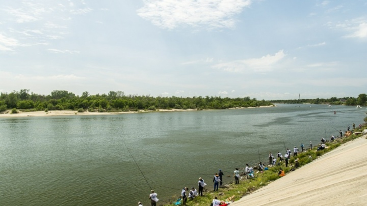 В Ростовской области предприниматель запрещал местным жителям рыбачить