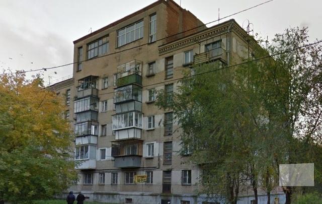 На пожаре в квартире на ЧМЗ пострадали двухлетняя девочка с отцом