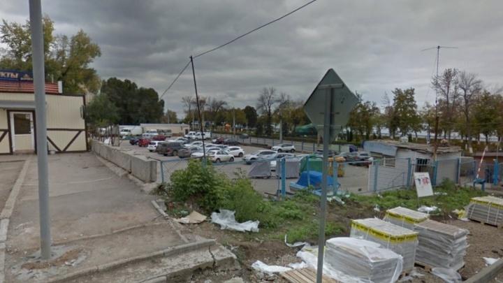 Самарцы просят Азарова запретить строительство семиэтажки около набережной