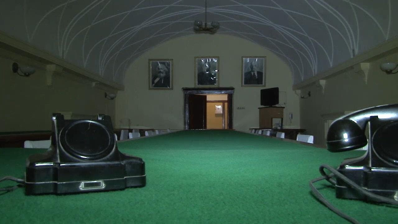 Главный зал заседаний в бункере Сталина