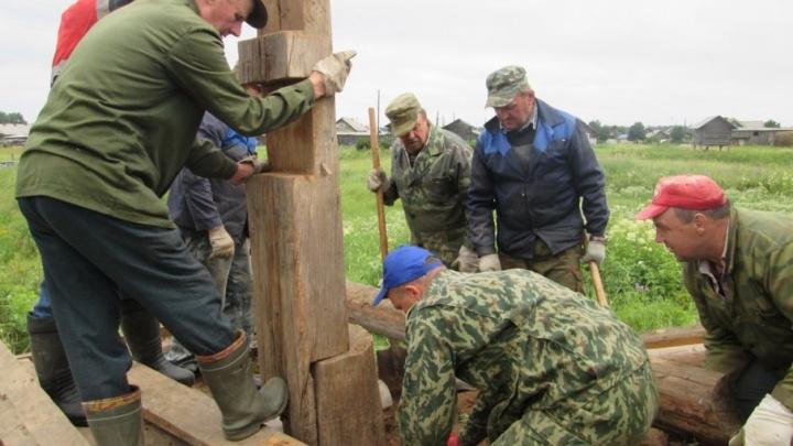 Старинную часовню в Пинежье отреставрировали своими силами местные жители