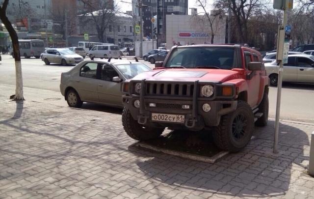 «Паркуюсь как чудак – 5»: фотоподборка ростовского автохамства