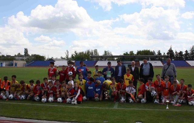 В Волгограде наградили чемпионов Школьной футбольной лиги