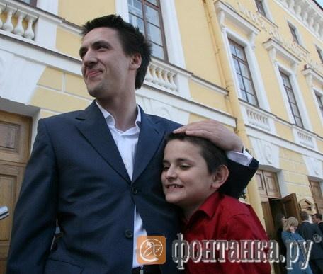 Артур Смольянинов со своим другом
