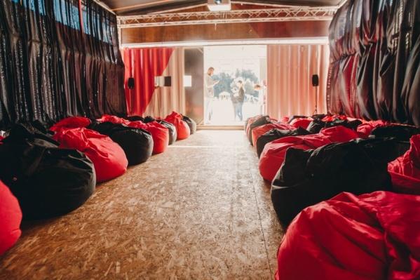 В прошлом году россияне поставили рекорд по количеству зрителей и по сборам в отечественном кино