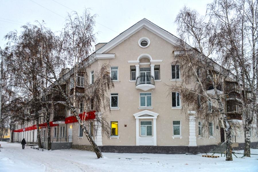Этот домик Евгений считаетодним из самых красивых на этой улице