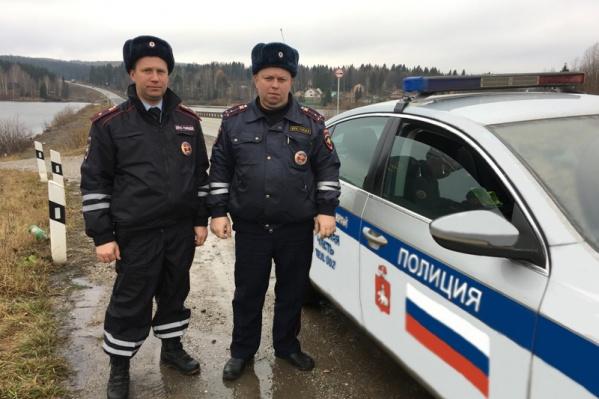 Александр Королев и Владислав Чечулин помогли двум едва не утонувшим рыбакам
