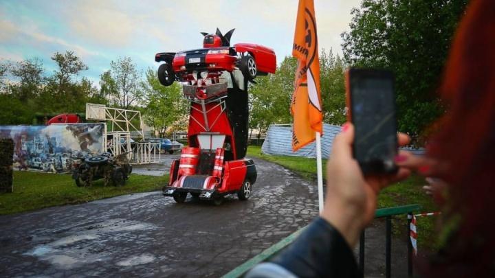 Каскадёр превратил тольяттинскую «десятку» в робота-трансформера