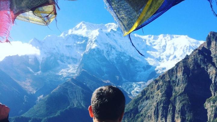Волгоградец бегает по горам Непала в майке «Сталинград»