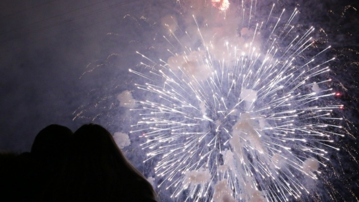 Индийские танцы, приглашение Древарха и фейерверк: как Архангельск встретил Новый год