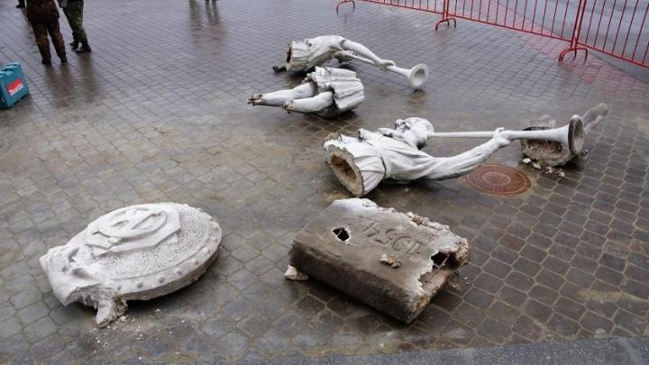 Медный новодел «Апофеоза труда» откроют на вокзале Волгограда ко 2 февраля