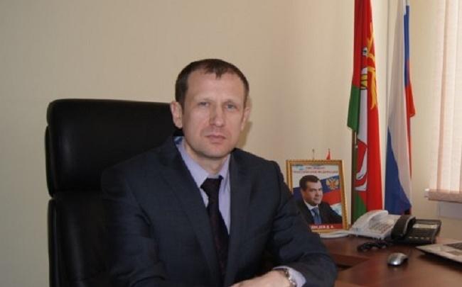 Глава Ростовского района подал в отставку: причины увольнения