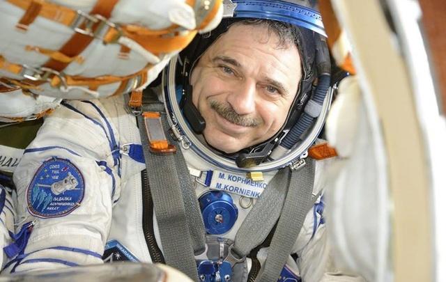 Уроженец Сызрани летчик-космонавт Михаил Корниенко празднует 57-летие