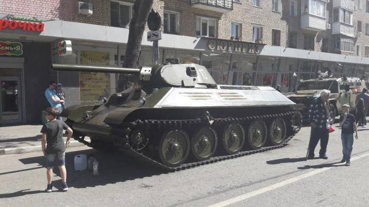 Экран на площади Куйбышева протестировали трансляцией с «Самара Арены»