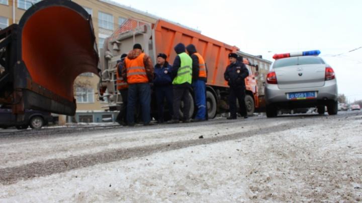 Чтобы победить заторы, на дороги Челябинска вышли дополнительные экипажи ДПС