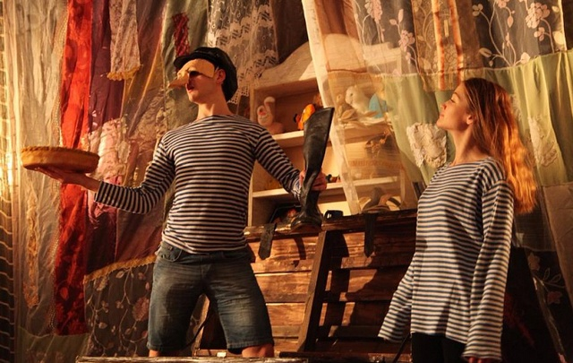Ростовский молодежный театр получил премию за «Вкусную историю о девочке и великане»