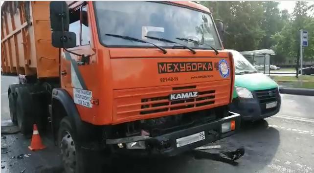 Скриншот с видео Отдела пропаганды УГИБДД по Петербургу и Ленобласти