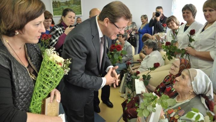 Самарские ветераны попросили Азарова вернуть льготы пенсионерам