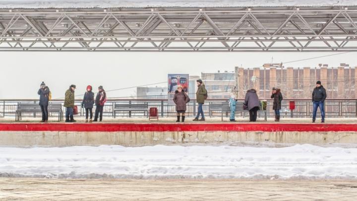Отправление вечерней электрички из аэропорта Курумоч перенесли на два часа