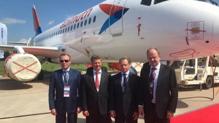 Новый «Cуперджет» передан авиакомпании «Азимут» в Ростове