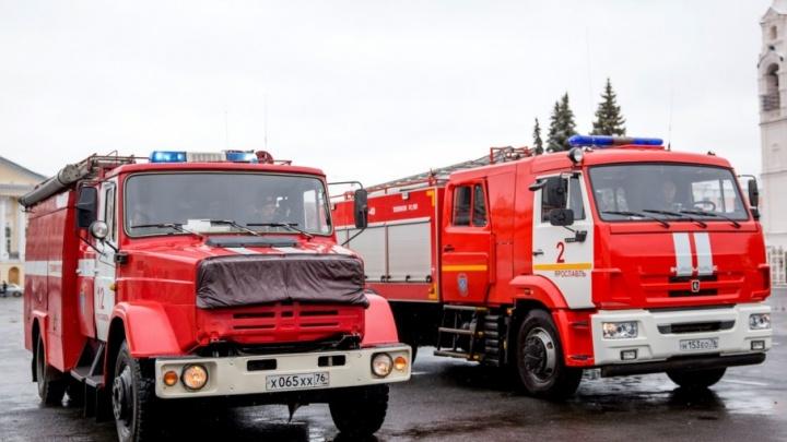 В страшном пожаре под Ярославлем погиб мужчина