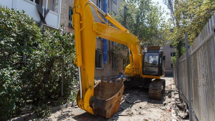 В Советский район для сноса взорвавшегося дома стягивается тяжелая техника