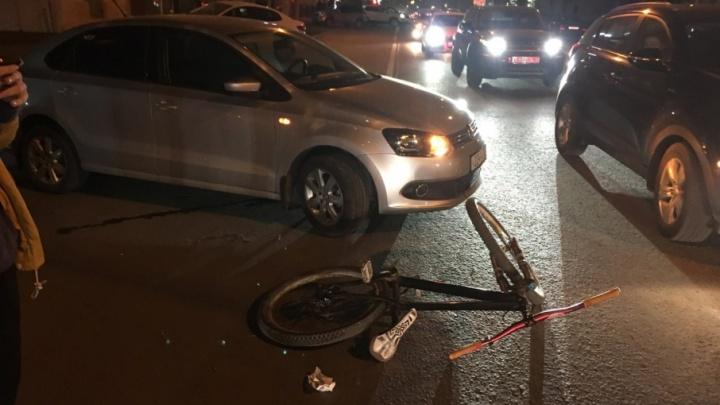 Нашла коса на камень: в Ростове водитель, переехавший на иномарке ногу велосипедисту, ищет свидетелей ДТП