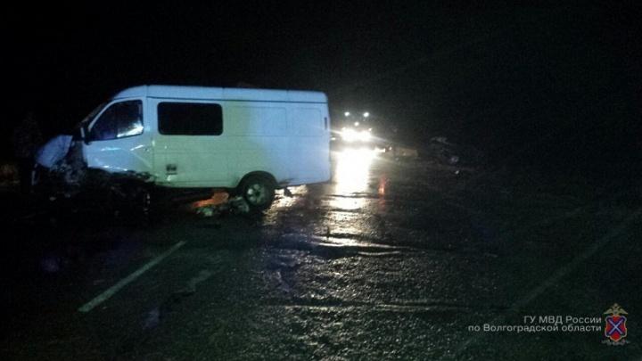 Волжанин на Daewoo Nexia погиб в страшной аварии под Волгоградом