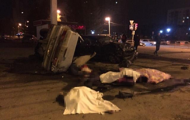 Челябинский суд рассмотрит дело водителя Mercedes, из-за которого погибли четверо в такси