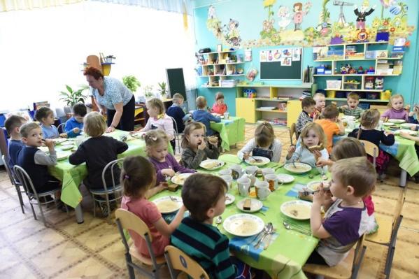 Родители считают, что качество продуктов снизилось. Об этом анонимно говорят и работники детских садов