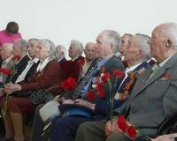 Башнефть организовала ветеранам войны встречу с уфимскими кадетами