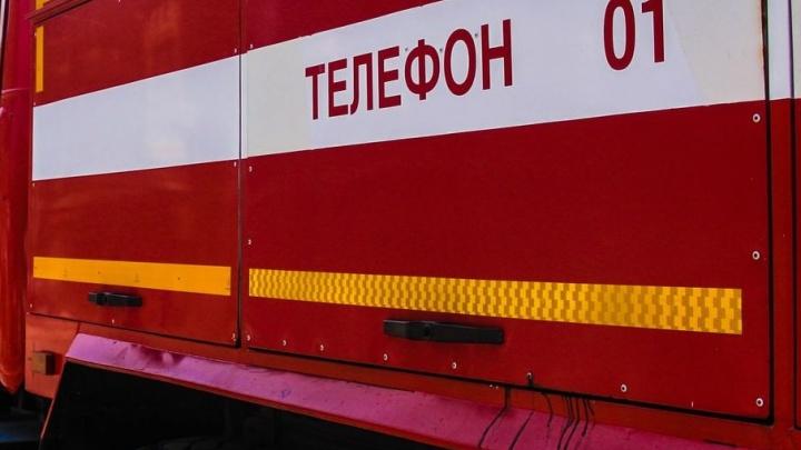 В Ростове подожгли «девятку» и Dacia