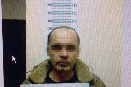Подозреваемый, который приставал к 9-летней школьнице в подъезде на 30 лет Победы