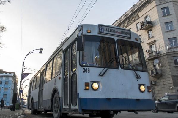 Ростовчане требуют новые троллейбусы